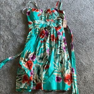 Floral Dress size 6 from Dressbarn